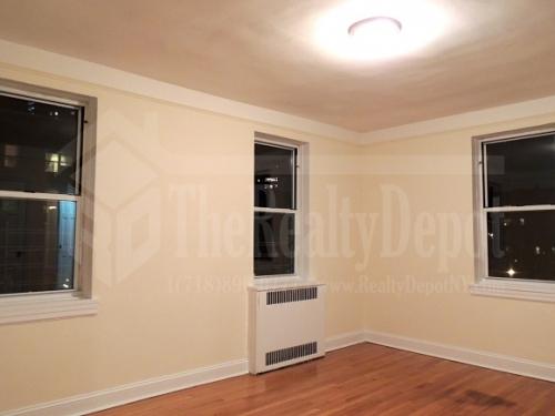 Apartment 108 Street  Queens, NY 11375, MLS-RD964-3